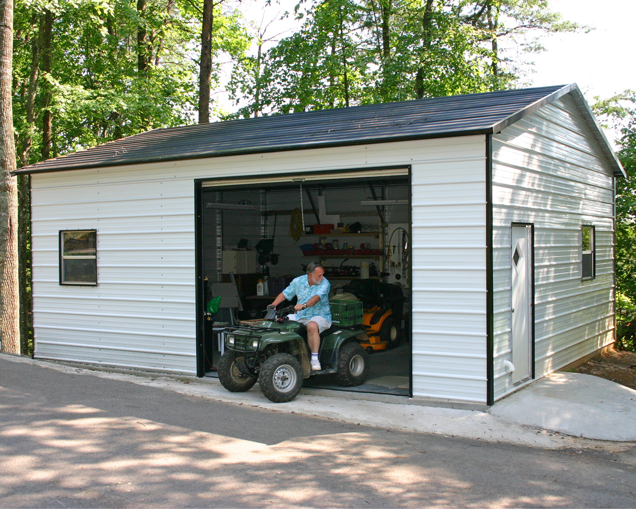 Metal Garage-One Car1.jpg